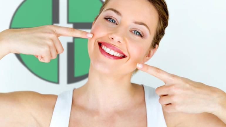 Promozione imperdibile: sbiancamento subito dopo l'igiene dentale